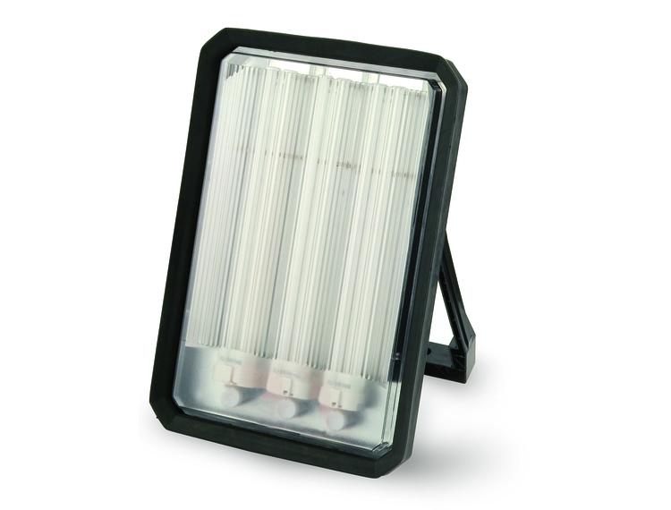 Arbeidslampe Vega 3 x 24 W m/ 2 stikkontakter