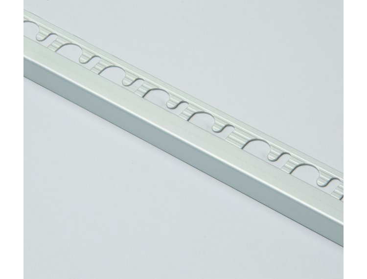 Projolly firkant Symetriclist eloksert alu 8 mm 270 cm